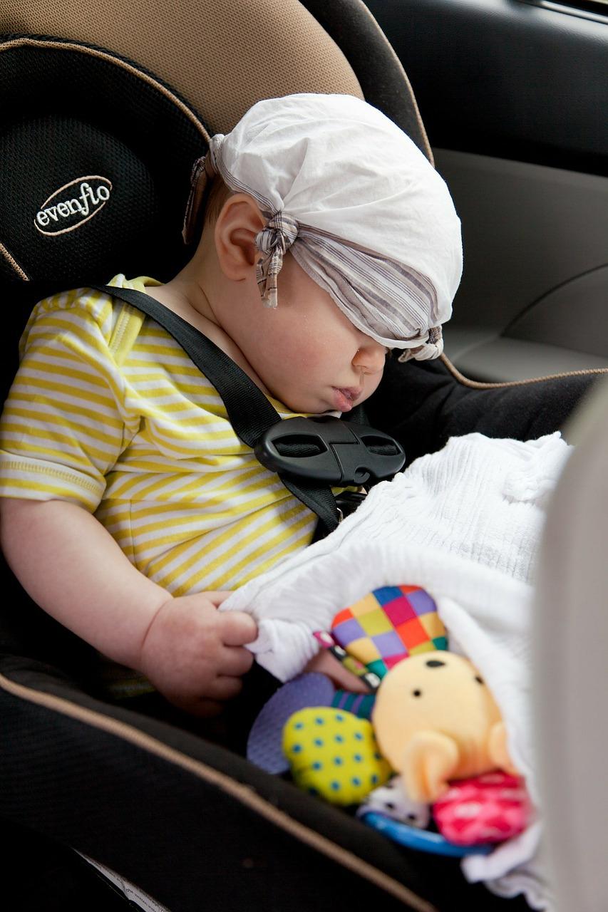 טיפים לנסיעה בטוחה עם תינוקות