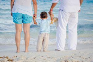 """טיול בחו""""ל עם כל המשפחה"""