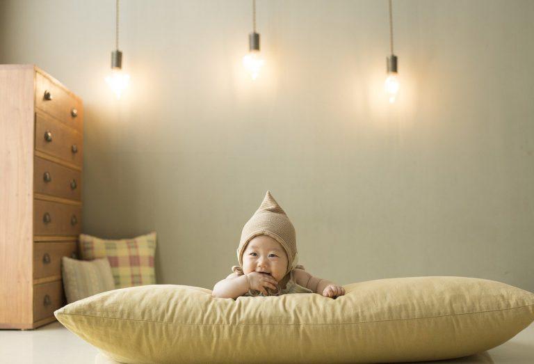 מדריך להורים: בחירה והתקנה של מזוזה לחדר התינוק