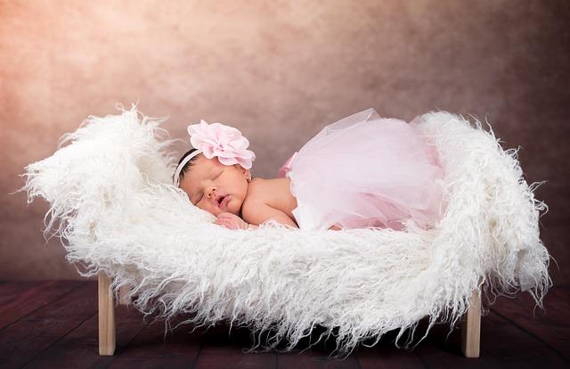צמידי זהב לתינוקות: למה עושים את זה – ואיפה אפשר להשיג אותם?